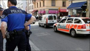 bar Pâquis police Genève