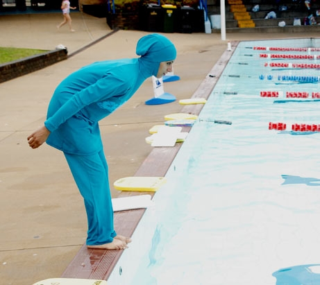 Piscine d yverdon mal l aise face au burkini suzy desouche for Piscine yverdon