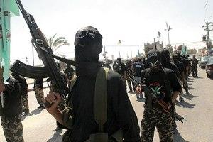 islamistes jihadistes ak-47 kalachnikov
