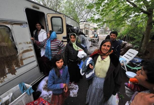 caravanes femmes roms gitanes