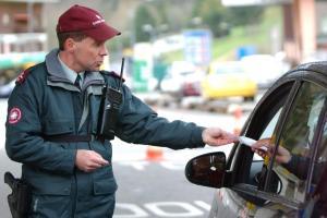 douane douanier suisse frontière
