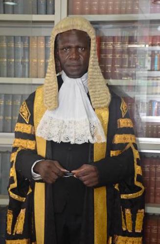 juge nigérian justice black africain