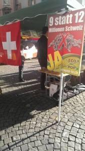 Ecopop oui marché Palud drapeau