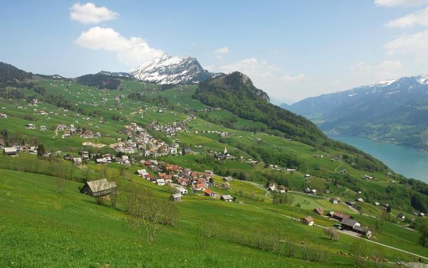 Amden village lac paysage vert nature
