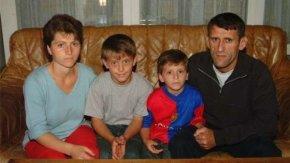 Naturalisation refusée car la famille kosovare se promène trop souvent ensurvêtement